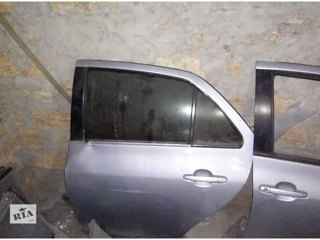 продам Б/у дверь задняя левая для седана Toyota Yaris 2006,2007,2008 бу в Одессе