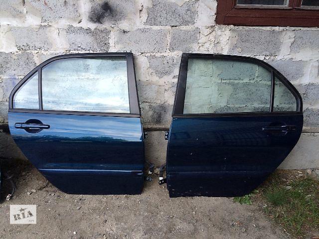 купить бу Б/у дверь задняя Левая и Правая  Mitsubishi Lancer 2006 в Львове