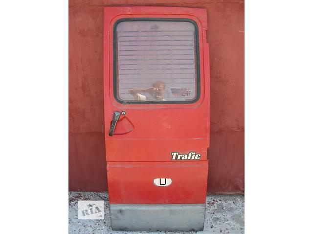 продам Б/у дверь задняя п Renault Trafic 1995 бу в Броварах