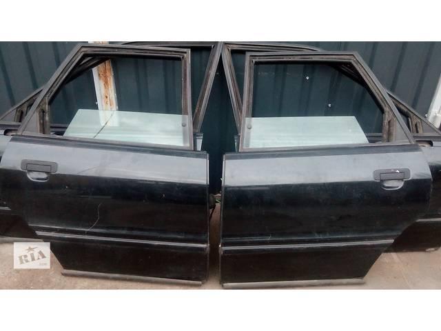 продам Б/у Дверь задняя правая Audi B 4 1995p бу в Киеве
