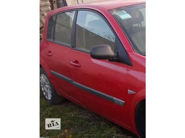 купить бу Б/у дверь задняя правая для хэтчбека Renault Megane Hatchback 5D 2006г в Киеве