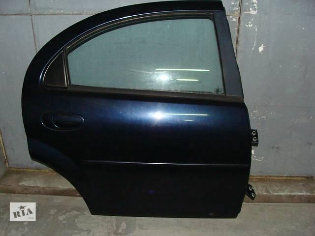 купить бу Б/у дверь задняя правая для легкового авто Chrysler Sebring 2001-2006 в Киеве