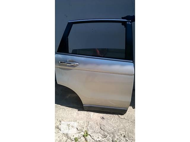 бу Б/у дверь задняя и передняя для легкового авто Honda CR-V 2006-2012 в Ровно