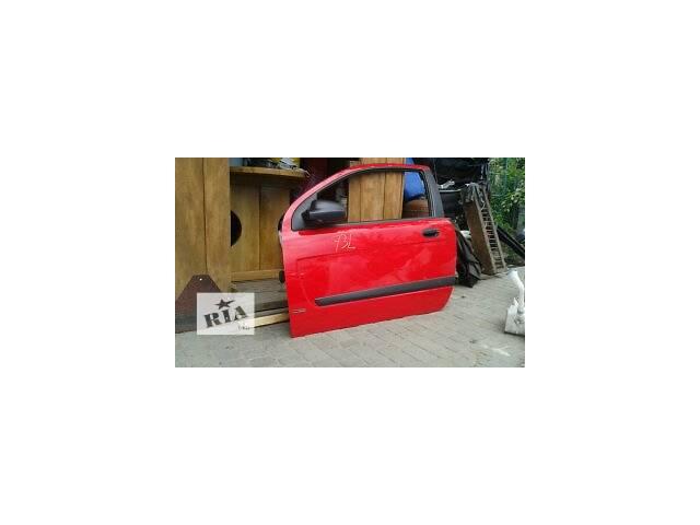 купить бу Б/у двері передні для купе Chevrolet Aveo Hatchback (3d) в Жовкве