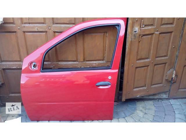 бу Б/у двері передні для легкового авто Renault Dacia Logan в Львове