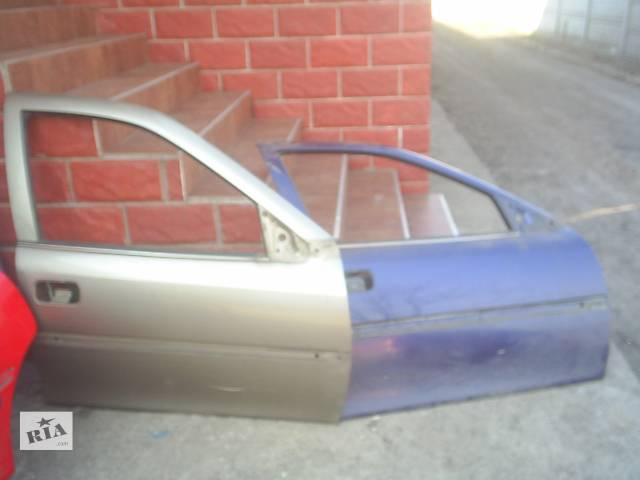 продам Б/у двері передні для легкового авто Opel Vectra B бу в Червонограде