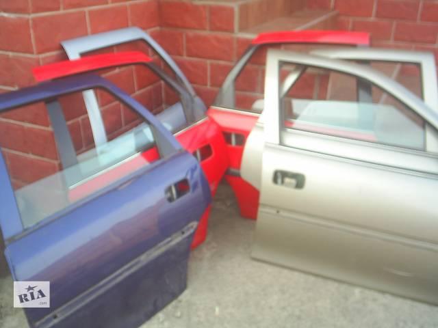 купить бу Б/у двері задні для легкового авто Opel Vectra B в Червонограде
