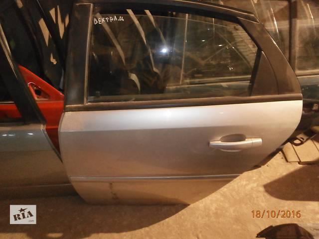 продам Б/у двері задні для седана Opel Vectra бу в Львове