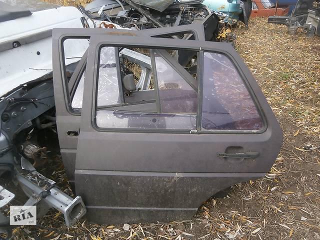 продам Б/у двері задні для Хетчбека Volkswagen Golf II бу в Львове