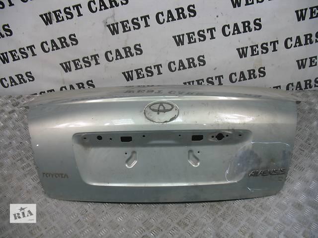 продам б/у Двери/багажник и компоненты Крышка багажника Легковой Toyota Avensis Sedan 2006 бу в Луцке