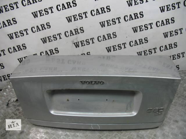 купить бу б/у Двери/багажник и компоненты Крышка багажника Легковой Volvo S80 2001 в Луцке