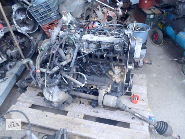 купить бу Б/у двигатель для автобуса Opel Vivaro 2002 в Берегово (Закарпатской обл.)