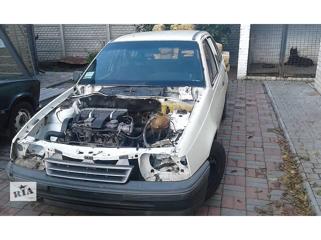 купить бу Б/у двигатель для хэтчбека Opel Kadett в Хороле (Полтавской обл.)