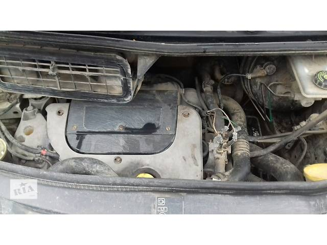 купить бу Б/у двигатель для минивена Renault Trafic 1,9 dci 2006 р. в Ивано-Франковске