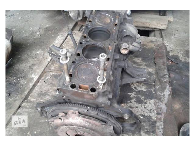купить бу Б/у двигун для легкового авто Opel Rekord 1.8 в Ужгороде