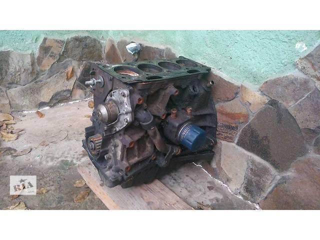 продам Б/у двигун для легкового авто Renault Trafic 1.9 дизель  бу в Львове