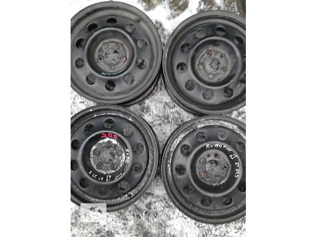 купить бу Б/у диск для легкового авто Alfa Romeo Fiat Scudo R15 в Ровно