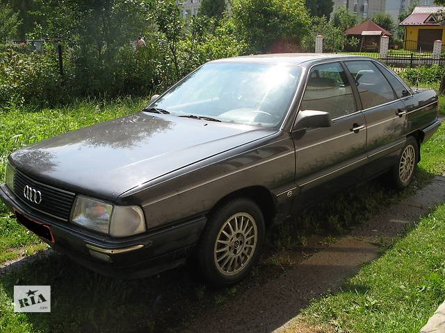 купить бу Б/у диск для легкового авто Audi 100 в Львове