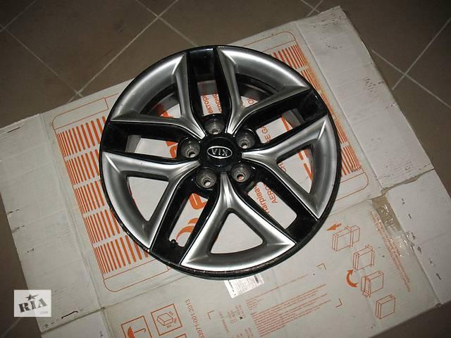 продам Б/у диск для легкового авто Kia Cerato бу в Нововолынске