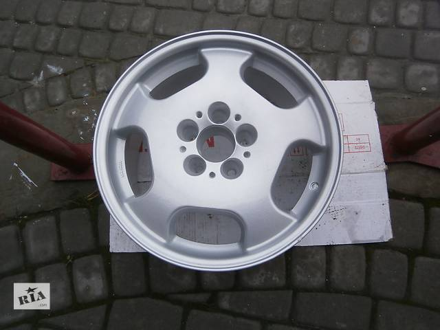купить бу Б/у диск для легкового авто Mercedes в Львове