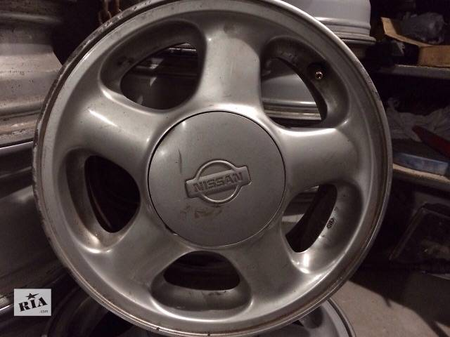 продам Б/у диск для легкового авто Nissan бу в Львове