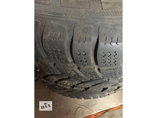 продам Б/у диск с шиной для грузовика Mercedes Sprinter 235/65/16 бу в Львове