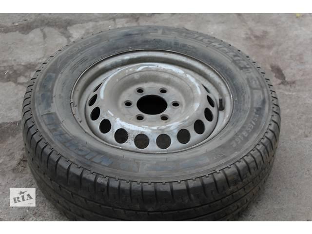 продам Б/у диск с шиной для грузовика Volkswagen Crafter бу в Ровно