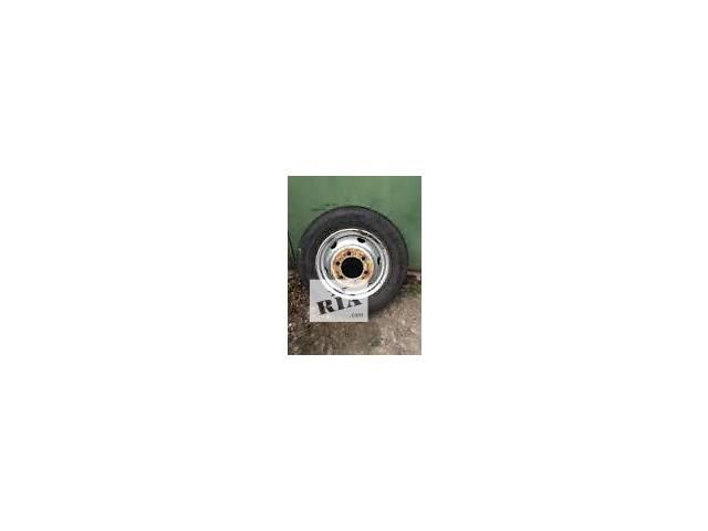 Б/у диск с шиной для грузовика- объявление о продаже  в Львове