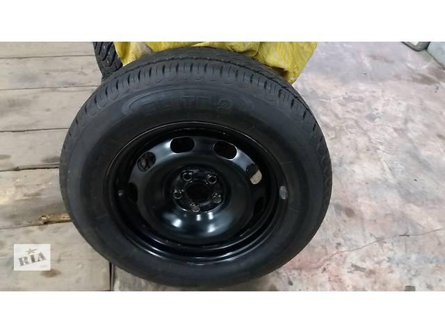 купить бу Б/у диск с шиной для хэтчбека Skoda Octavia в Полтаве