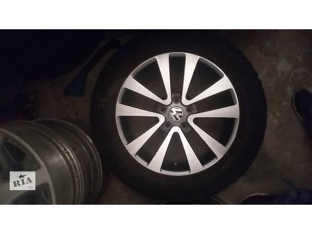 продам Б/у диск с шиной для кроссовера Volkswagen Tiguan бу в Киеве
