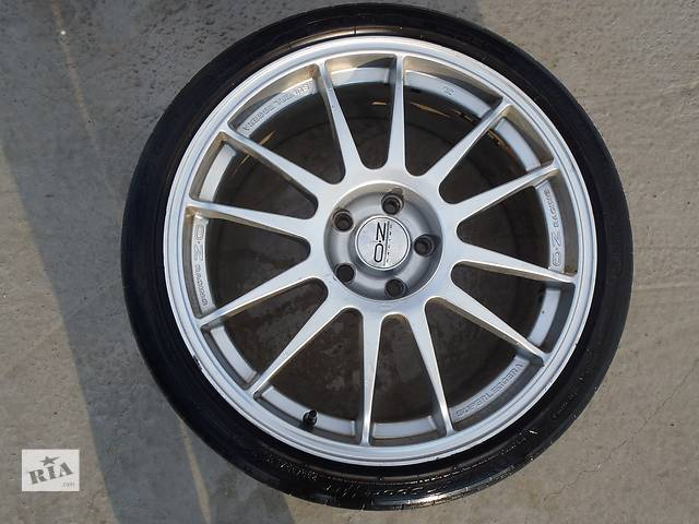 Б/у диск с шиной для легкового авто Audi A6- объявление о продаже  в Хмельницком