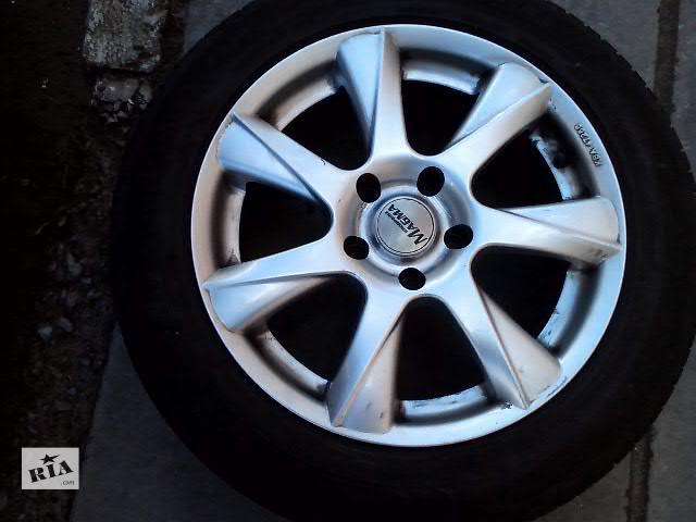 продам Б/у диск с шиной для легкового авто BMW 3 Series бу в Львове