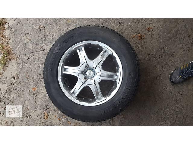 продам Б/у диск с шиной для легкового авто Cadillac Escalade бу в Новой Каховке