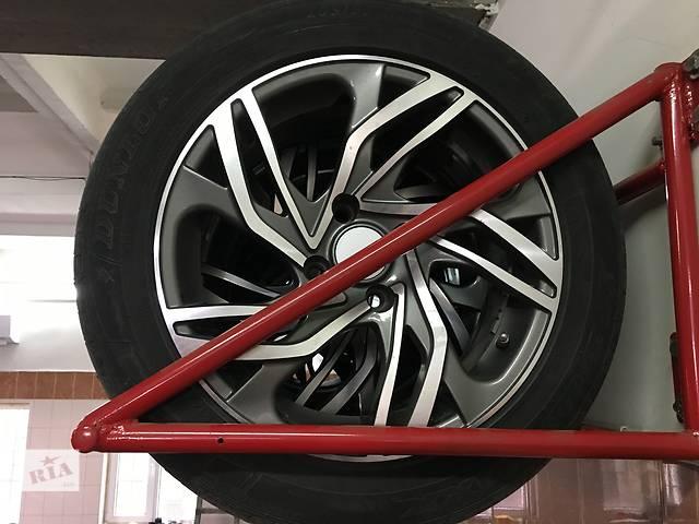 продам Б/у диск с шиной для легкового авто Citroen бу в Мелитополе