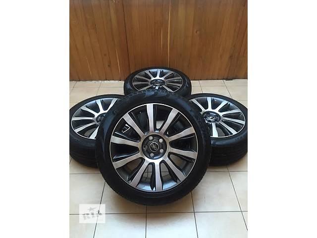 купить бу Б/у диск с шиной для легкового авто Land Rover Range Rover 275/45/21. в Ужгороде