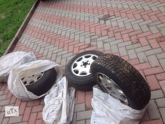 купить бу Б/у диск с шиной для легкового авто Mercedes 124 в Виннице