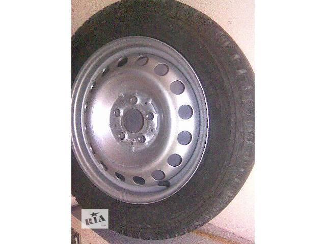 купить бу Б/у диск с шиной для легкового авто Mercedes Vito кузов 639 в Киеве