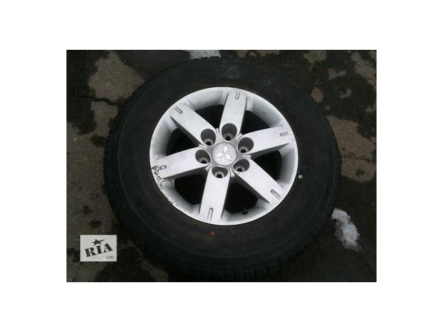 продам Б/у диск с шиной для легкового авто Mitsubishi Pajero Wagon бу в Ровно