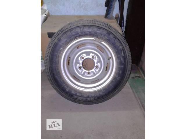 продам Б/у диск с шиной для легкового авто Москвич бу в Витовском районе (Жовтневый район)