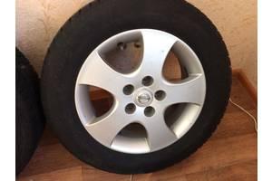 б/в Диск с шиной Nissan