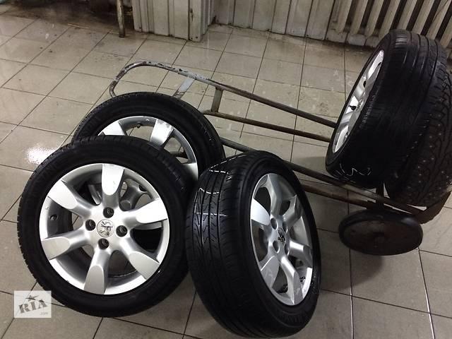 купить бу Б/у диск с шиной для легкового авто Peugeot 308 в Николаеве