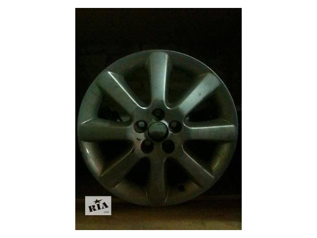 купить бу Б/у диск с шиной для легкового авто Toyota Avensis в Ровно