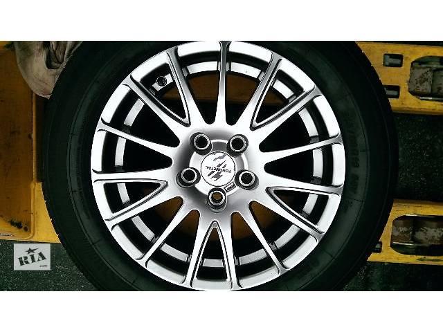 бу Б/у диск с шиной для легкового авто Toyota Camry в Киеве
