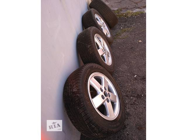 Б/у диск с шиной для легкового авто Toyota Camry- объявление о продаже  в Енакиево