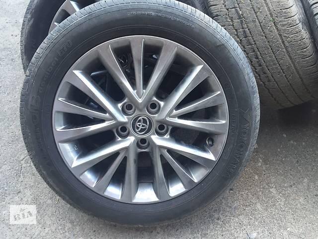 купить бу Б/у диск с шиной для легкового авто Toyota Land Cruiser Prado 150 в Ровно