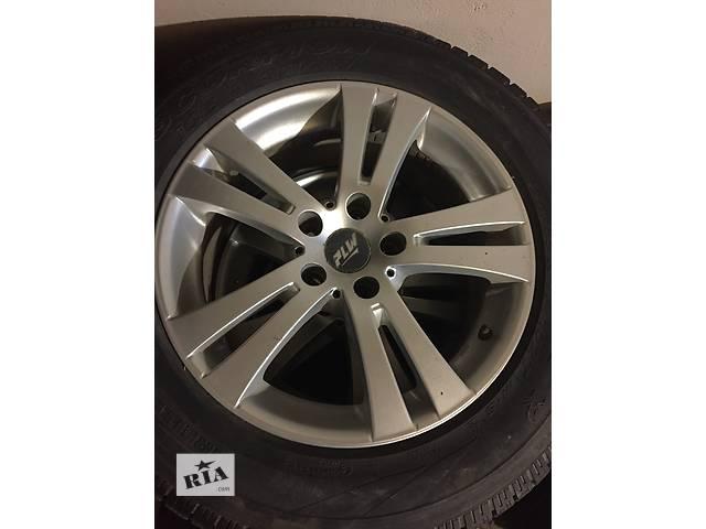 продам Б/у диски с шиной 4шт для легкового авто Toyota Rav 4 225/65 R17 бу в Луцке