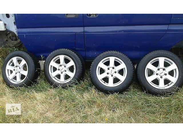 купить бу Б/у диск с шиной для легкового авто Volkswagen Caddy в Одессе