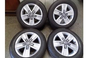 б/у Диск с шиной Volkswagen Caravella