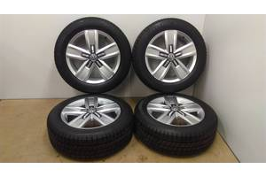Новые диски с шинами Volkswagen Caravella