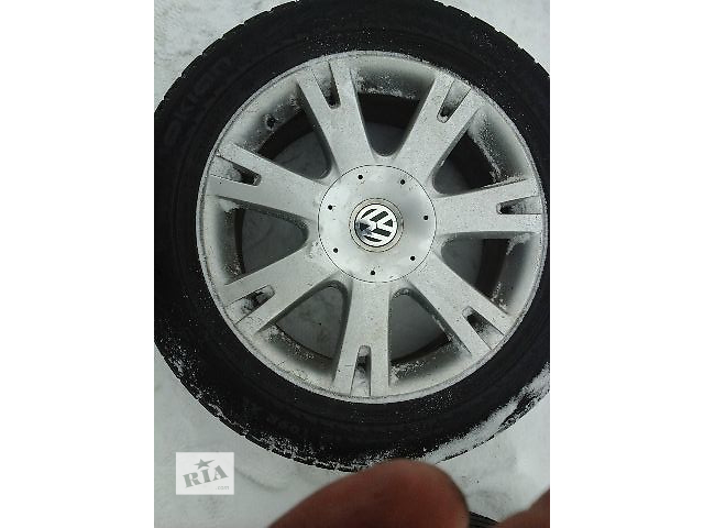 купить бу Б/у диск с шиной для легкового авто Volkswagen Touareg в Виннице